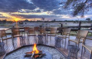 Enjoy a relaxing drink around the fire pit